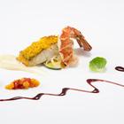 オマール海老のポワレと真鯛のキヌアロースト 柑橘のクーリとカシスのリキッド