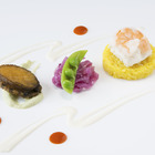 鮑のステーキと真鯛と海老ムースのヴァプール 白ワインソースとトマトクーリのアクセント
